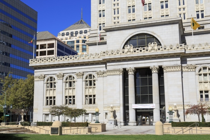 Oakland City Hall in Frank Ogawa Plaza